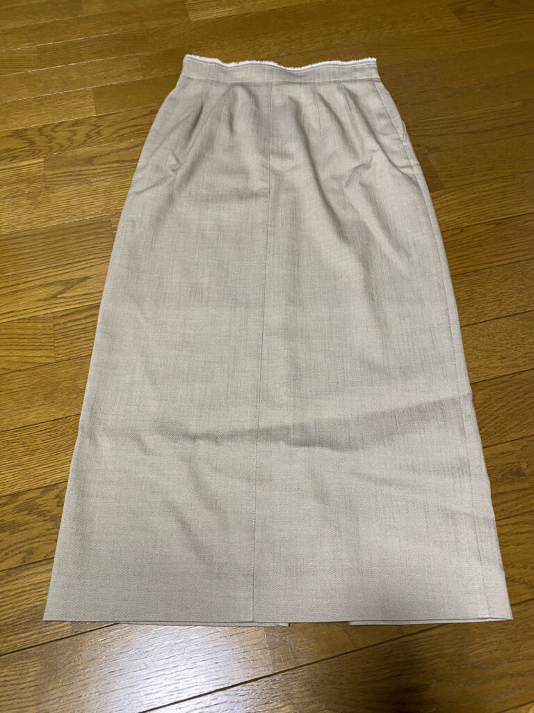 ドローブ Iラインスカート